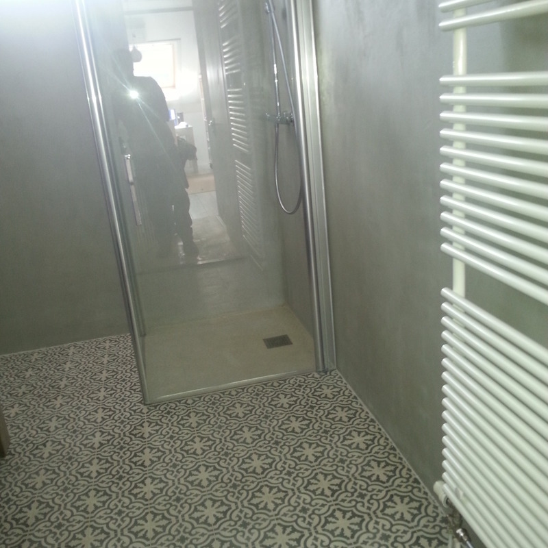 Rens de Jonge installaties.nl - projecten - badkamer betoncire met ...